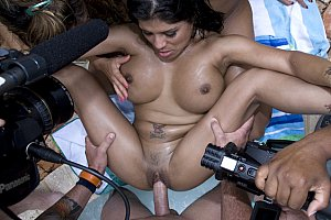 aunt uncle niece threesome