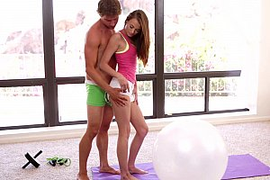 amateur girl blows me after the party and i facialize her